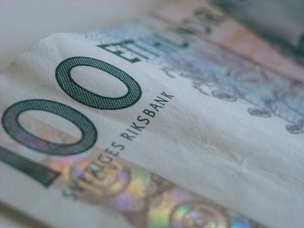 Pengar, ett hundra kronor