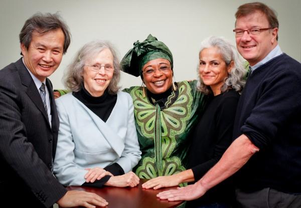 HuangMing, Ina May Gaskin, Jaqueline Moudeina, Renée Vellvé och Henk Hobbelink